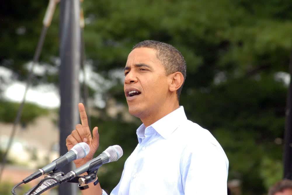 Obama-fazendo-discurso